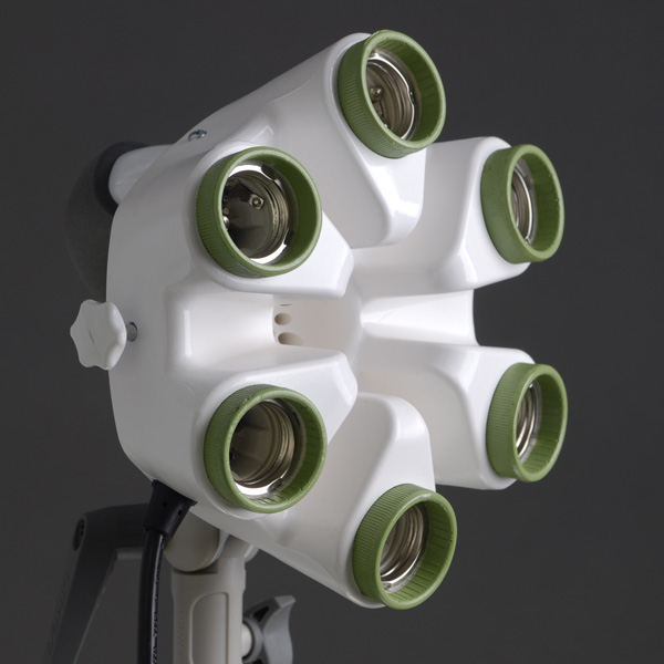 蛍光灯ライト Flora