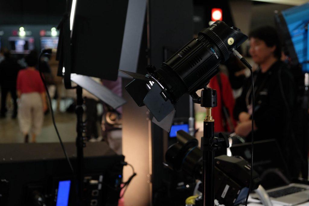 FotodioxのLEDライト。使いやすそう!